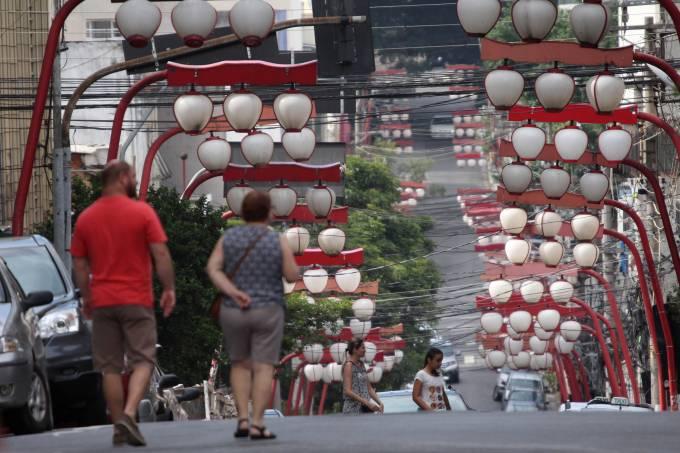 Público festeja a chegada do Ano Novo Chinês em SP