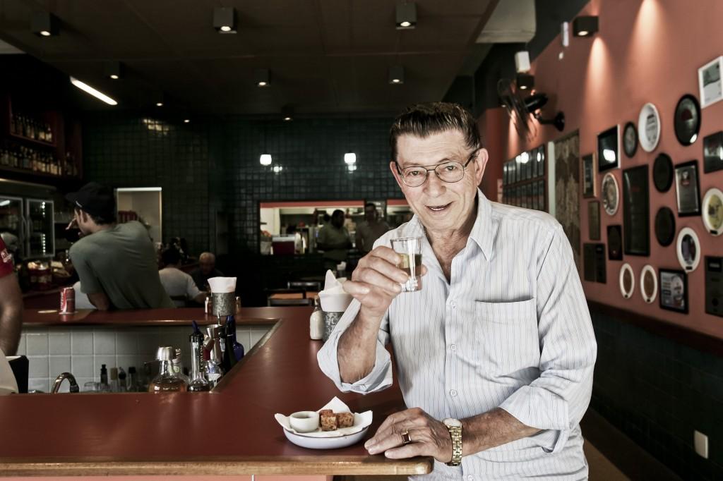 José Oliveira de Almeida: dono do primeiro tempero de uma história gastronômica de quatro décadas (Foto: Mario Rodrigues)