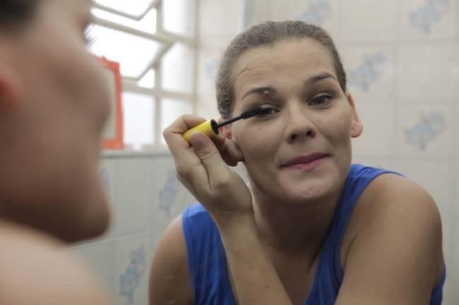 loemy recuperação maquiagem drogas crack