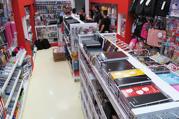 loja staples brasil - foto de abre