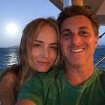 Durante as férias, Luciano Huck e Angélica usando o mar como cenário para a selfie (Reprodução/Instagram)