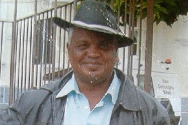 Luiz Carlos Ruas, de 54 anos, foi agredido até a morte na noite de Natal, após defender uma travesti e um homossexual, ambos moradores de rua (Foto: Reprodução)