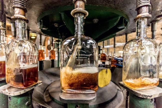 Luxo 2 - _bourbon