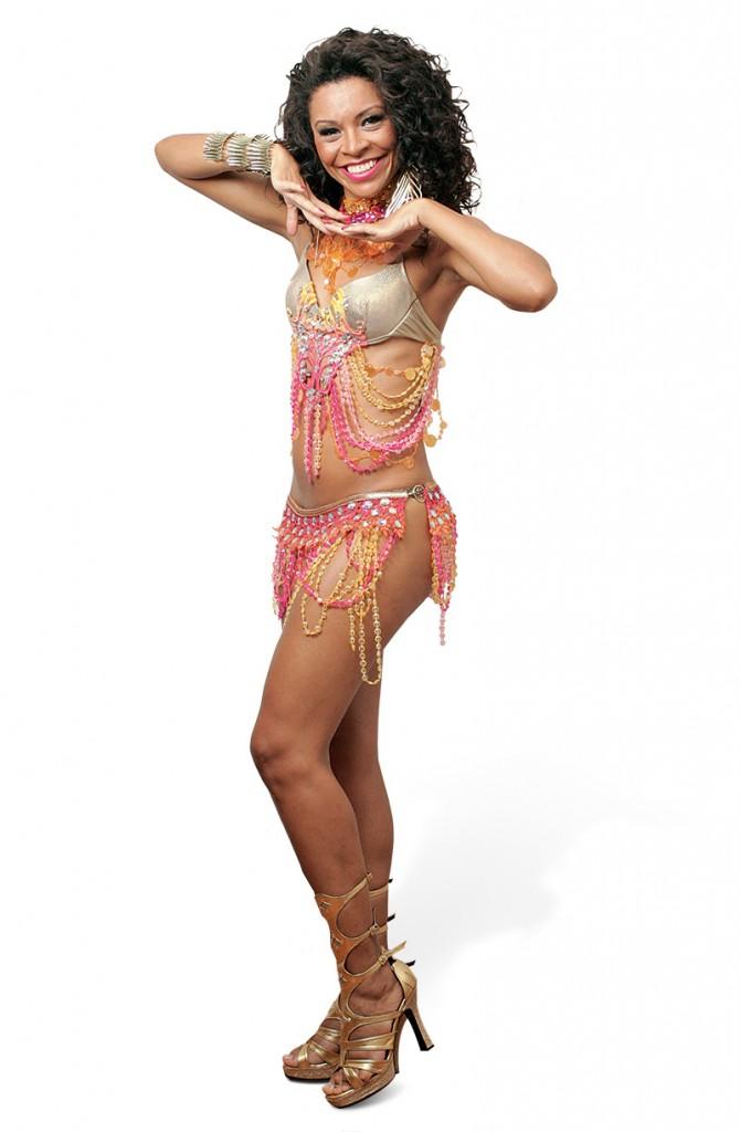 Lyllian: aulas de samba para Daniela Albuquerque