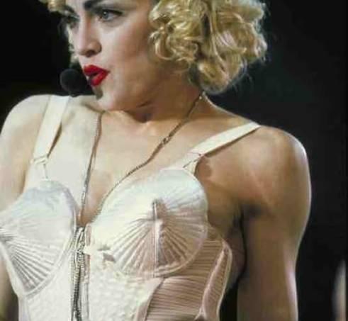 madonna_blonde-ambition-tour