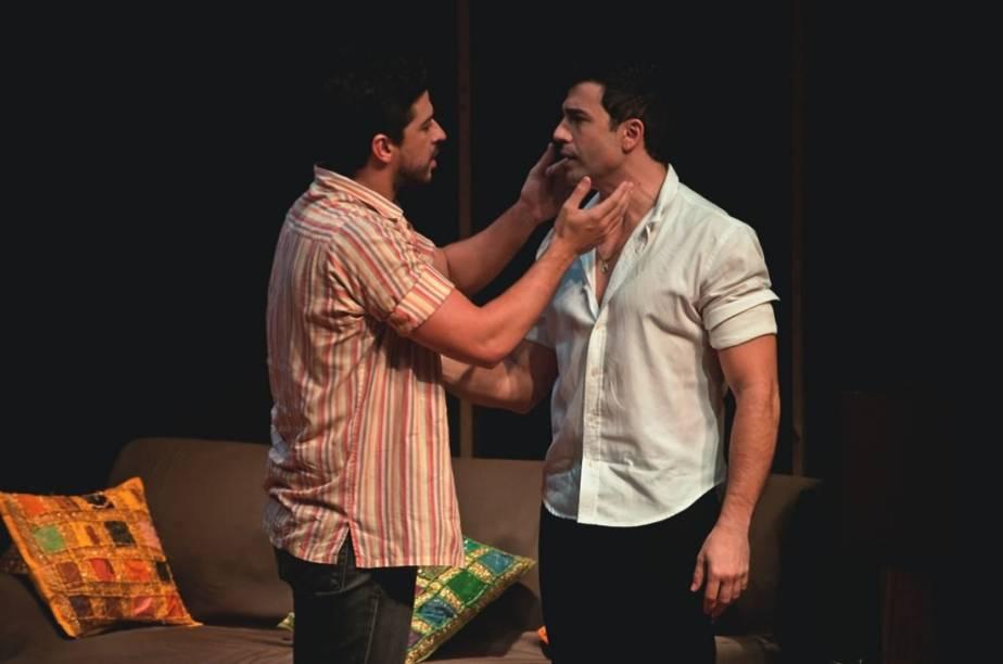 Os atores Luciano Andrey e Jarbas Homem de Mello protagonizam a comédia Mambo Italiano