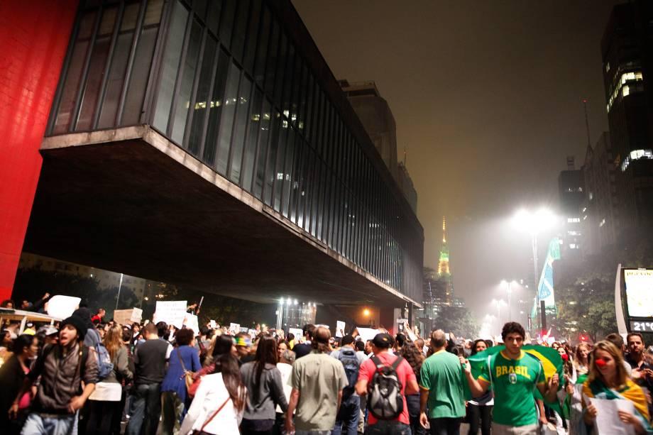 Manifestação na Avenida Paulista em junho de 2013