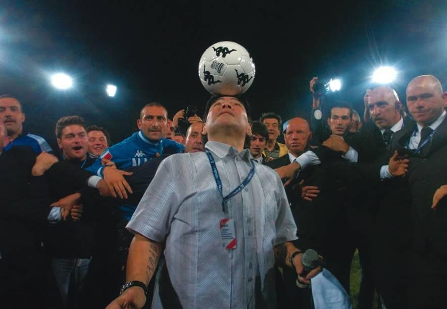 Maradona: documentário sobre o craque argentino, dirigido por Emir Kusturica