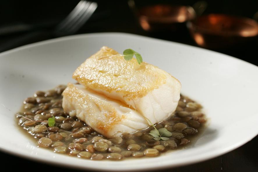 Bacalhau com lentilhas do restaurante Marcel