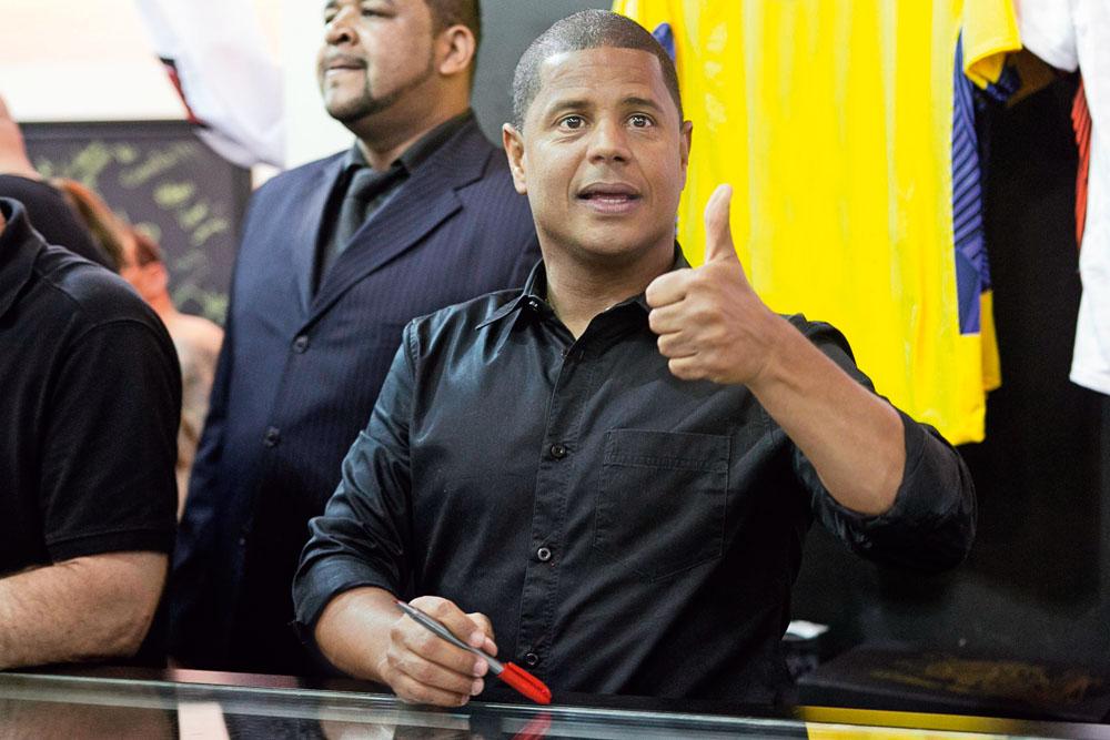 Marcelinho: dívida de 1,2 milhão de reais (Foto: Juliana Knobel / Folhapress)