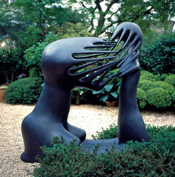 Maria Martins, L' impossible, 1940; bronze