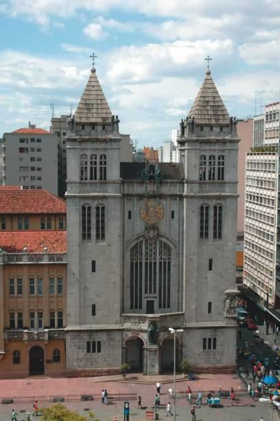 A fachada do mosteiro, de 1914
