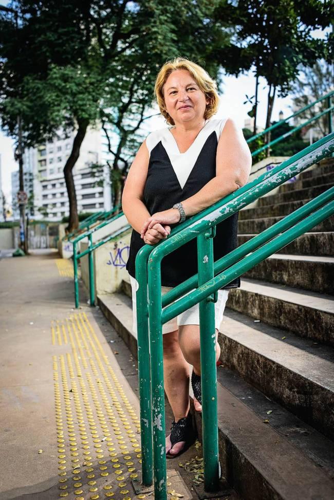 Marta Lilia Porta Praça 14 Bis metrô trânsito