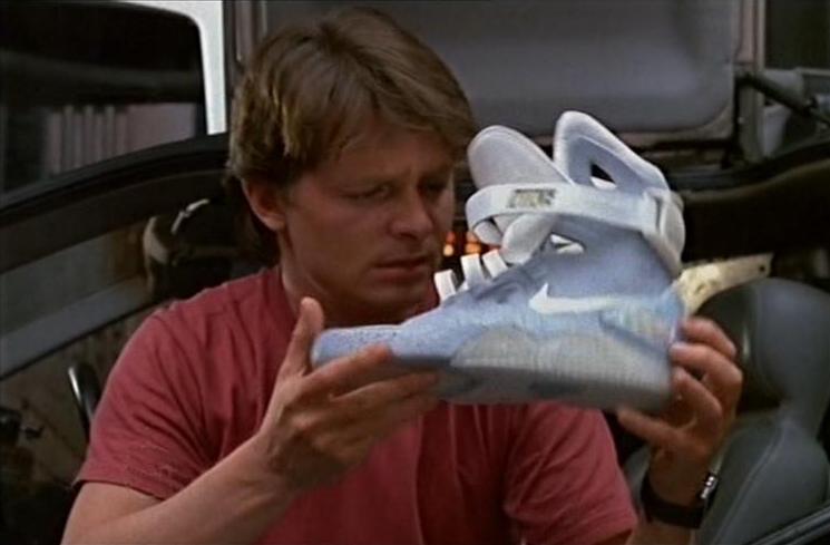 Tênis futurista do Marty McFly em De Volta para o Futuro