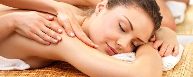 Portrait of a couple getting a romantic massage