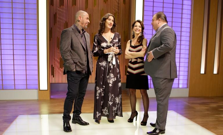 O trio de jurados com Ana Paula Padrão: confabulações da noite (Fotos: Carol Gherardi/Band)