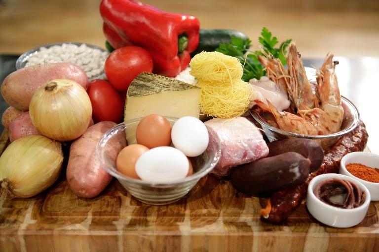 Ingredientes para a mesa de Espanha: pegadinha na castanhola (Carol Gherardi/Band)