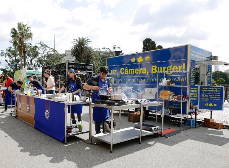 Food truck do hambúrguer: sob às ordens do nervosinho Fernando