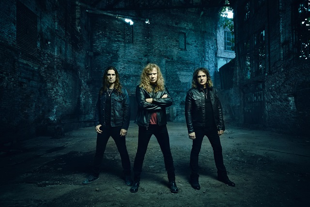 megadeth-dystopia-word-tour-2016-group-picture bx