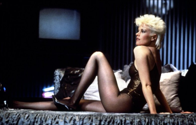 Melanie Griffith em Dublê de Corpo: suspense de Brian De Palma