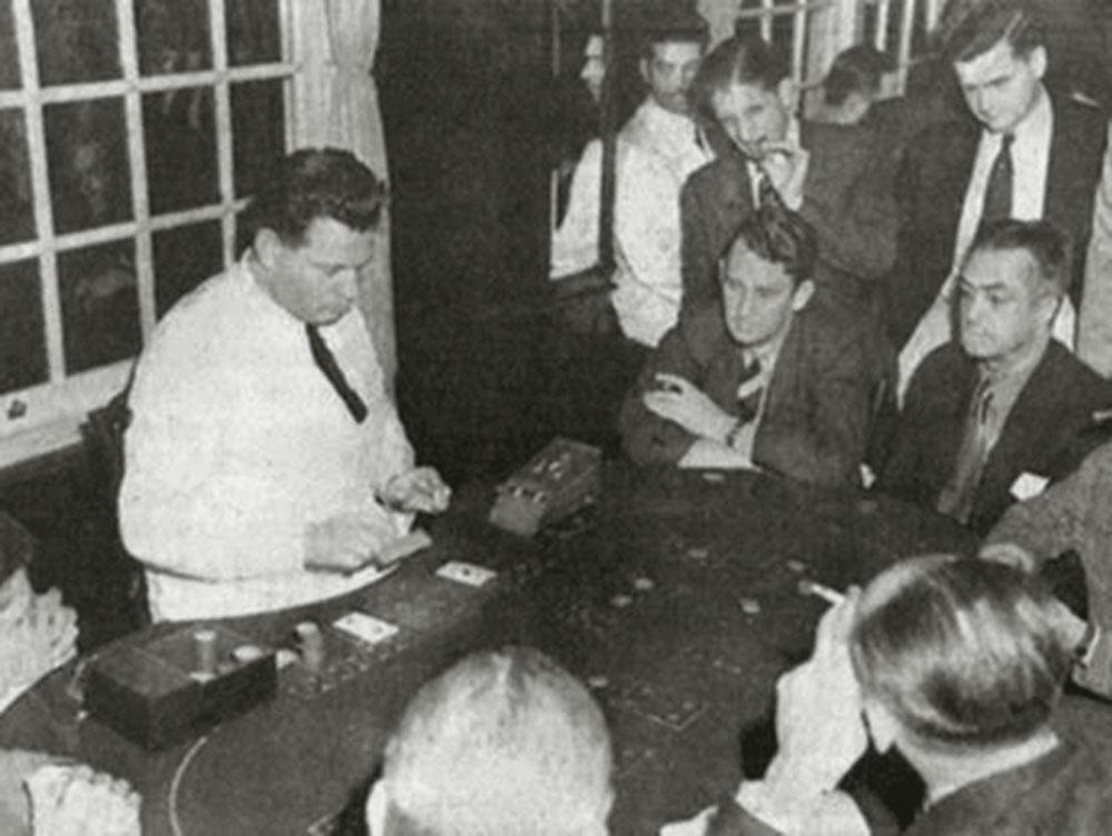 Uma mesa de aposta do Monte Serrat, em Santos: um dos mais populares
