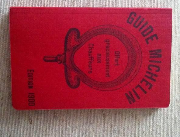 Fac-símile da edição original de 1900: tradição centenária