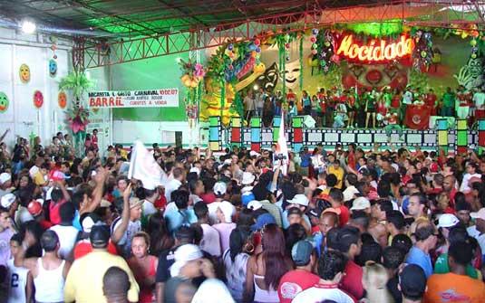 Quadra da Mocidade Alegre: 24 horas de samba com escolas do Rio de Janeiro e de São Paulo