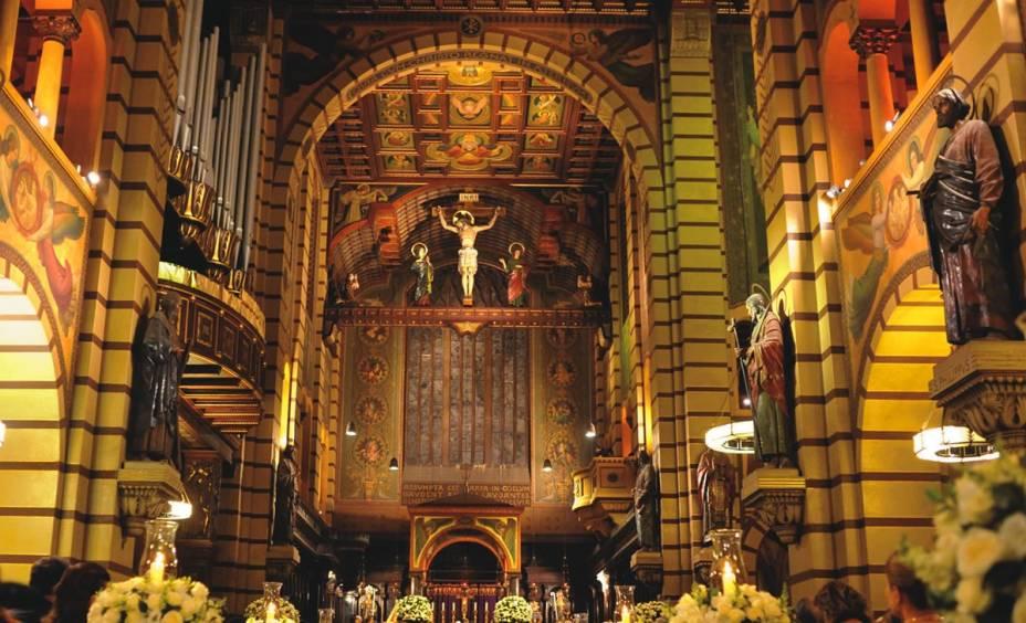 Vitrais alemães do Mosteiro de São Bento, do começo do século XX