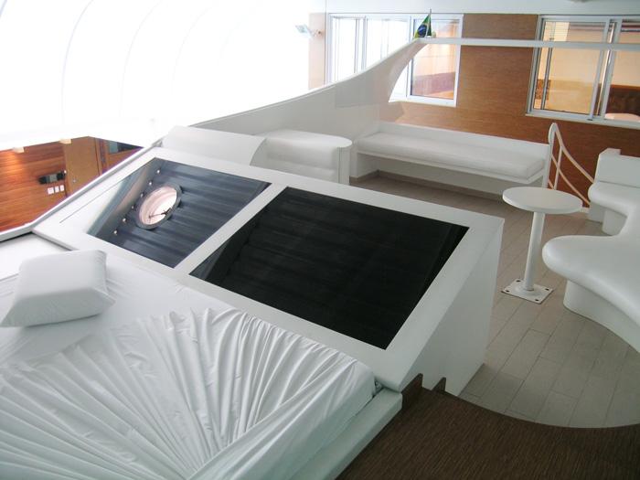 """A cama do """"iate"""" do motel (Foto: Divulgação)"""