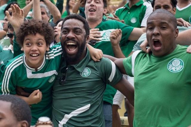 Mundo Cão, com Lázaro Ramos: na Netflix após três meses da estreia nos cinemas