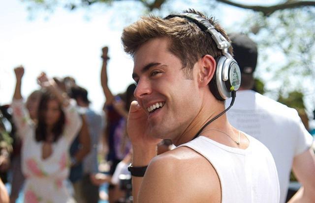 Zac Efron quer fazer carreira como DJ em Música, Amigos e Festa