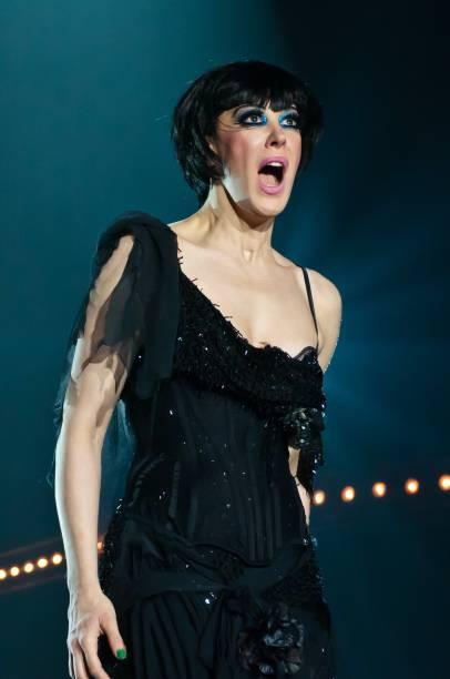 Claudia Raia é a dançarina Sally Bowles na versão brasileira do musical Cabaret
