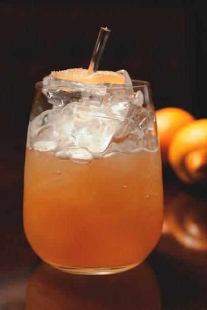 O drinque penicilline do MyNY Bar: interessante combinação de uísque, mel e gengibre