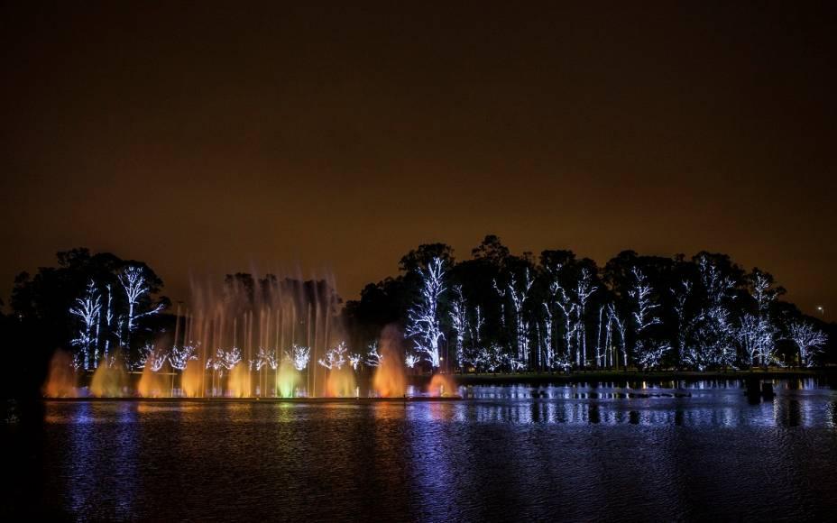 Expectativa é que 200 000 pessoas assistam ao espetáculo de luzes e cores no Ibirapuera