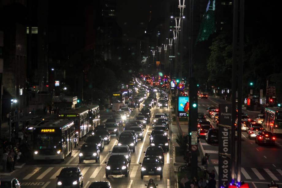 Trânsito: Avenida Paulista fica mais pesado durante essa época do ano