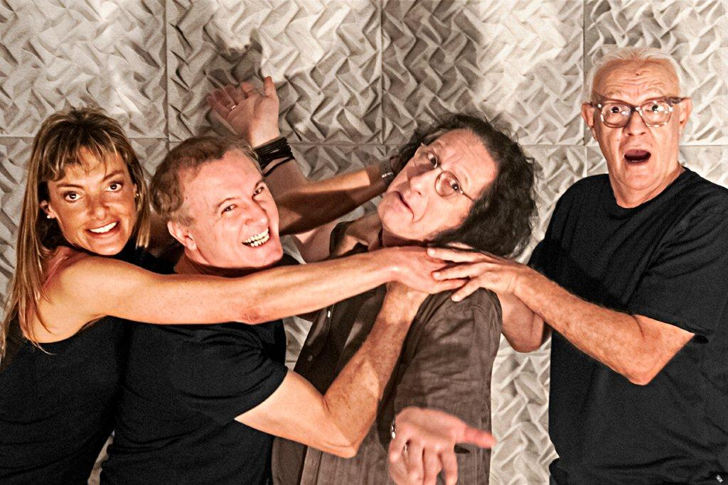 Entredentes: Edi Botelho, Gerald Thomas e Ney Latorraca no Teatro Anchieta (Foto: Bob Sousa)