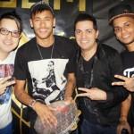 Neymar na casa noturna em Santos (Foto: Reprodução)