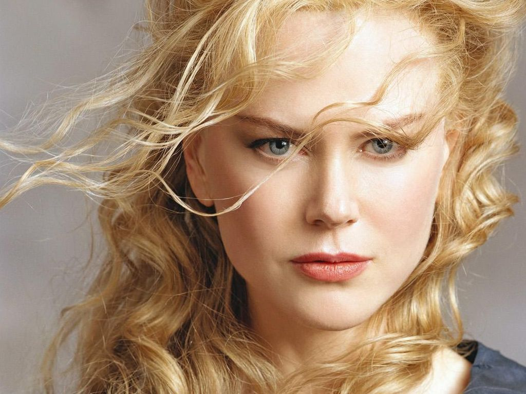 Nicole Kidman: atriz é capa da Vogue América de agosto