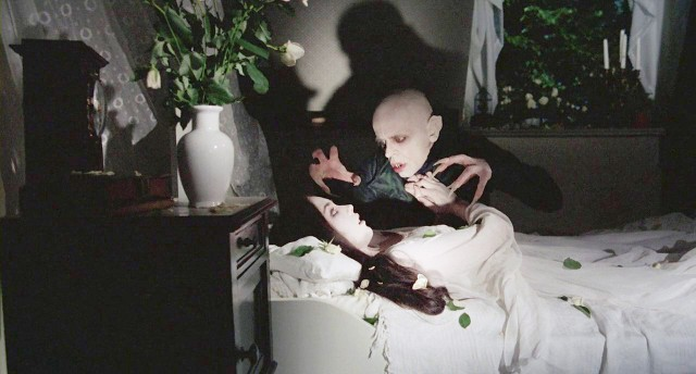Setembro - Klaus Kinski e Isabelle Adjani em Nosferatu, de Herzog