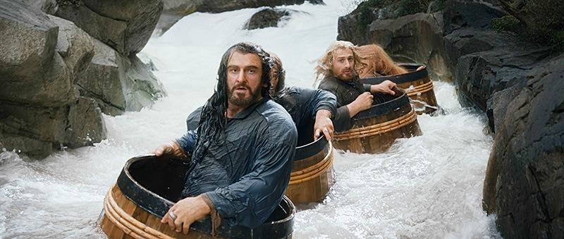 O Hobbit – A Desolação de Smaug: o rei Thorin (Richard Armitage) e os anões, na memorável fuga em barris