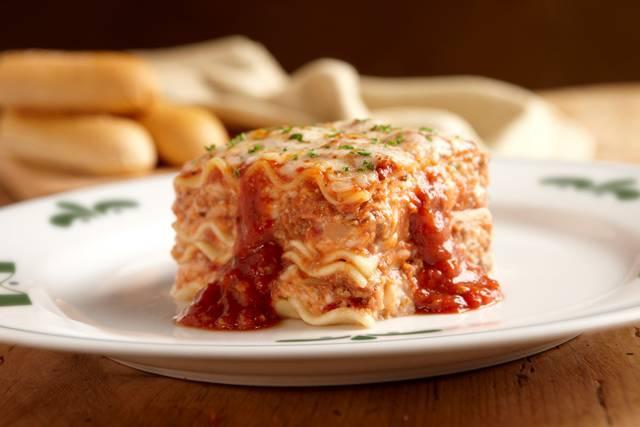 Lasagna Classico Dinner Olive Garden