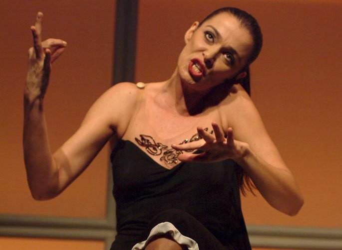 A atriz principal do filme: Mônica Martelli