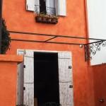 A fachada: estilosa como uma venda do interior