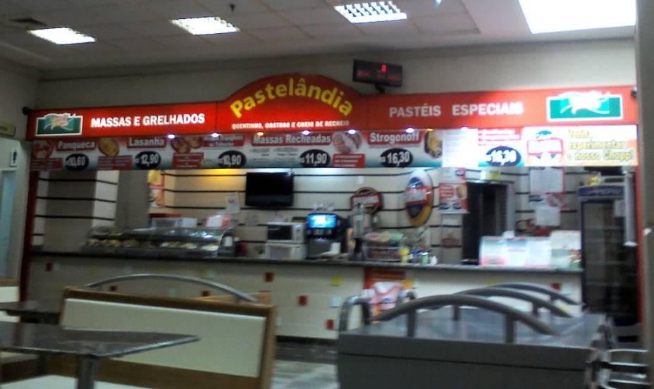 Pastelândia, localizado na praça de alimentação do Carrefour Jacú Pessego