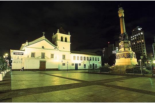 Pátio do Colégio perdeu original e ganhou réplica da Capela Beato José de Anchieta