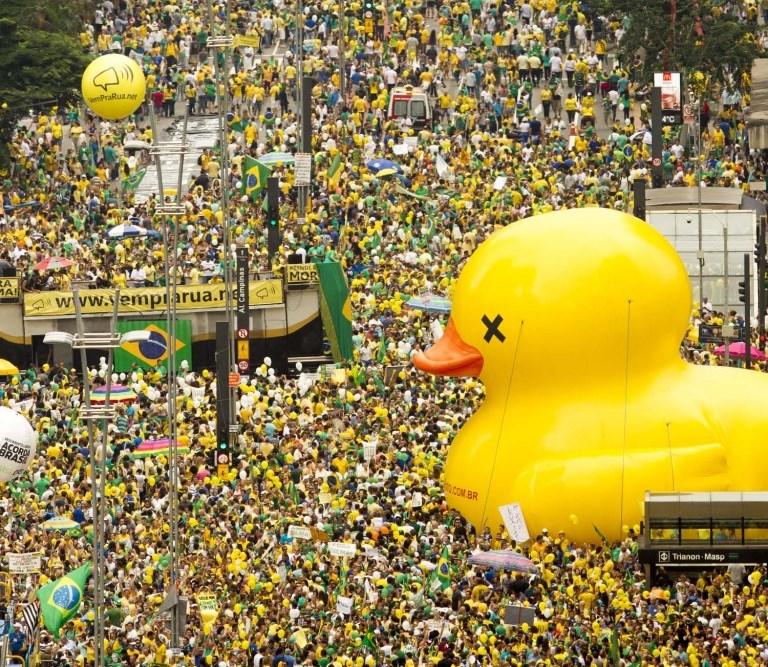 Avenida Paulista: 500.000 pessoas, segundo o Datafolha (Foto: Leo Pinheiro/Veja)