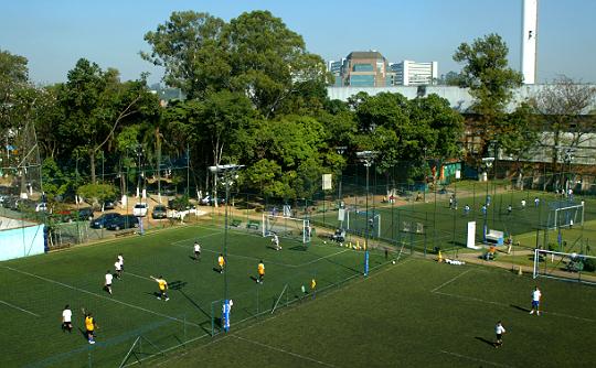 Quadras de futebol society da Companhia Paulista de Society
