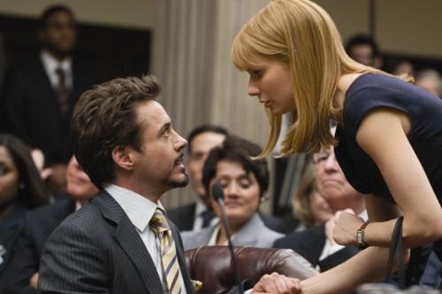 Pepper Pots (Gwyneth Paltrow) tenta manter o chefe na linha