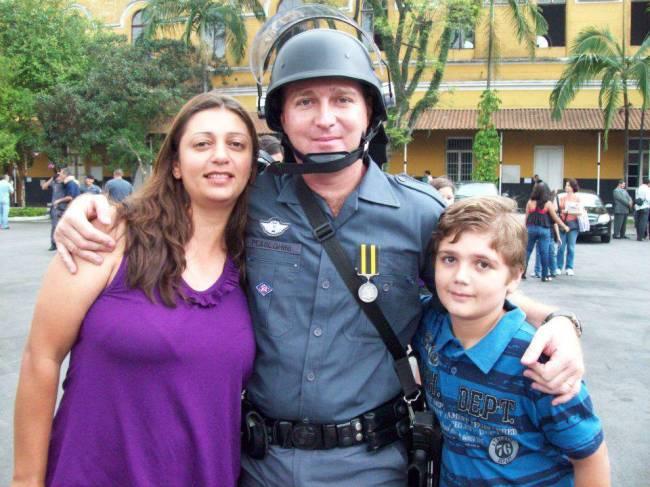 policial pesseghini morto e família