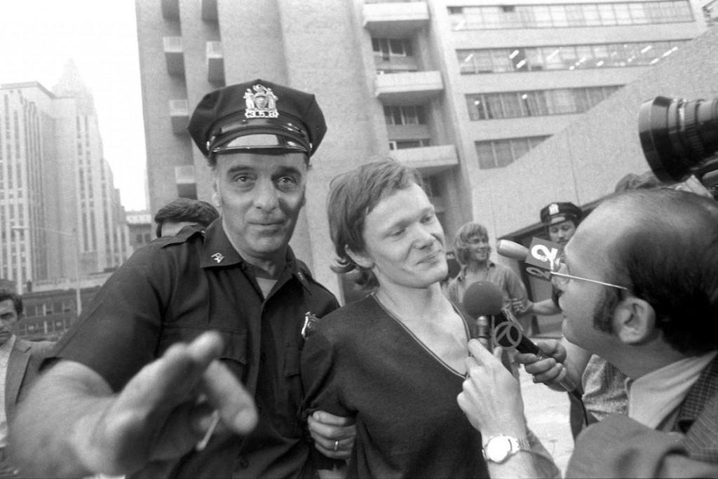 Petit é preso pela polícia de Nova York